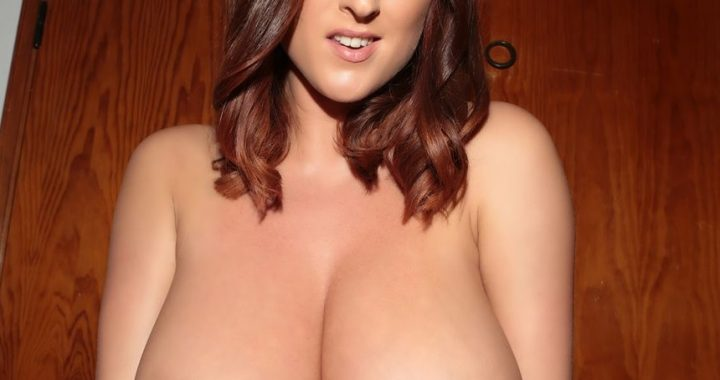32GG Busty Babe Stacey Poole!